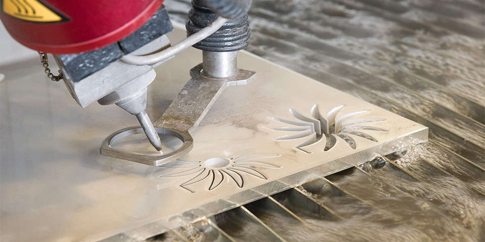 resato_2_waterjet-cutting-in-action-kopieren